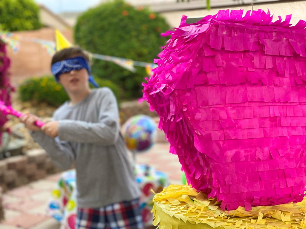 19_The_Ultimate_Birthday_Party_with_a_Ring_Pop_Piñata